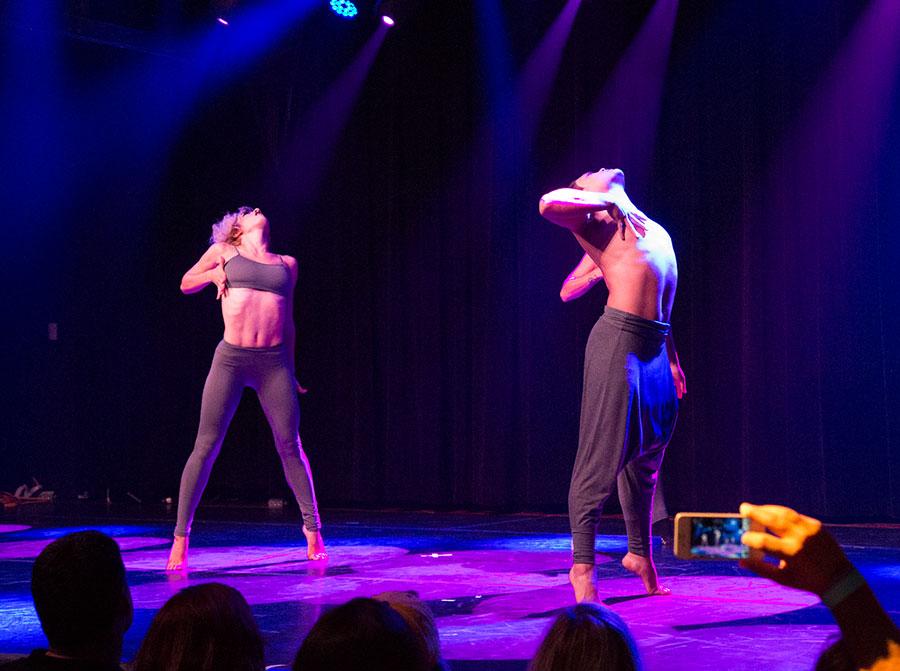 Ples na sceni