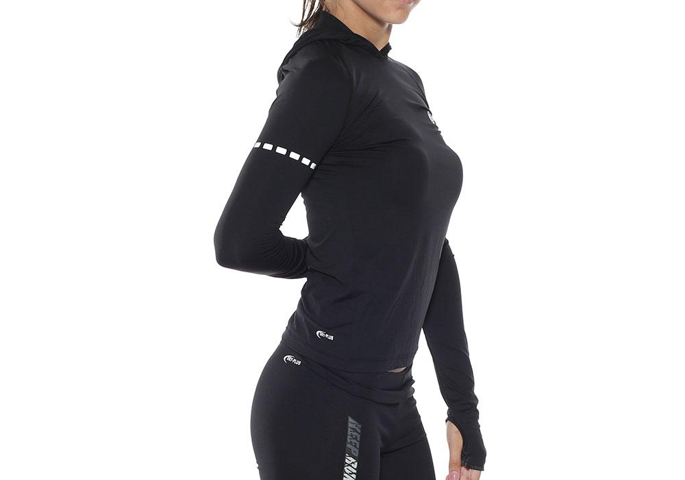 ženska fitnes majica kapuljača